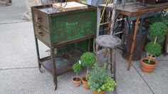 If you want to find really cool and unique treasures you must head on over to Nellie's barn sale. Craft Booth Displays, Sale 2015, Market Displays, Room Style, Funky Junk, Antique Stores, White Lace, Cure, Cottage
