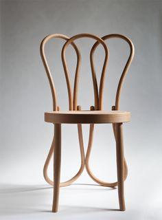 Hommage à la chaise thonet n°14 par Célia Persouyre - Blog Esprit Design