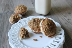 THE BEST Oatmeal Cream Sandwich Cookies EVER. Move over Debbie... http://www.pickupthewhisk.com/2014/12/01/best-oatmeal-cream-sandwich-cookies-ever/