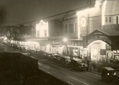 original Rivoli Theatre in Burke Road, Camberwell in the In 1940 it relocated to its present site on Camberwell Road, East Hawthorn. Old Pictures, Old Photos, Movie Theater, Historical Photos, Movies To Watch, 1930s, Melbourne, The Past, Theatre Posters