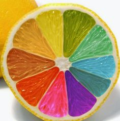 This picture shows the element of color. It shows color because the fruit is like a color wheel Rainbow Food, Taste The Rainbow, Over The Rainbow, Rainbow Things, Rainbow Stuff, Colored Lemons, Color Wheel Projects, Deco Fruit, Rainbow Connection