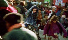 descendants cast - Rotten to the core musical number gif Disney Channel Original, Disney Channel Stars, Disney Stars, Descendants Wicked World, Evie Descendants, Sofia Carson, Live Action Movie, Action Movies, Cameron Boyce Descendants
