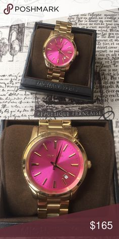 Michael Kors Watch ••FANTASTIC CONDITION•• gold watch with pink face, only worn a couple times. All links available. Comes with box. ••Make me an offer! Anything is negotiable! • Michael Kors Jewelry