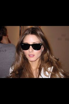 78013fe44ba2e Olivia Palermo and Ray-Ban Original Wayfarer 2140 Sunglasses - Olivia  Palermo Wearing Ray-Ban Classic Wayfarer sunglasses (Photo