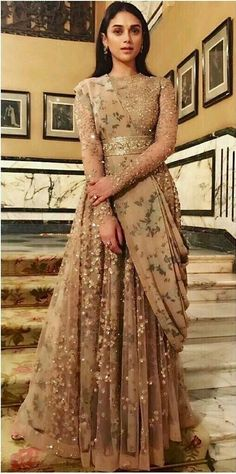 Indian Pakistani Bridal Anarkali Suits & Gowns Collection - Indian Pakistani Bridal Anarkali Suits & Gowns Collection Source by emilygrisby - Indian Wedding Gowns, Indian Gowns Dresses, Dress Wedding, Pakistani Gowns, Designer Dresses For Wedding, Backless Wedding, Wedding Reception Gowns, Indian Anarkali, Indian Bridal Outfits