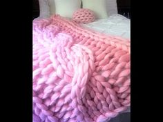 29d03dba3ecec8 79 Best HOW TO HAND KNIT WITH CHUNKY YARNS. YOUTUBE.COM C BECOZI ...