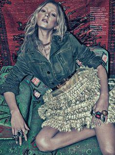 Sigrid Agren Models Bold Prints for Numéro #142 by Sebastian Kim