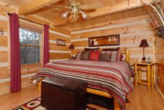 Appalachian Mountain Hideout- bedroom #tennessee #cabin #cabinrental #vacation #mountains #smokymountain #pigeonforge #TN