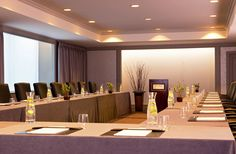 The Quincy room is perfect for a small corporate meeting