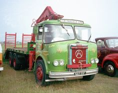 Recovery wagon in use as a vintage vehicle transporter, and also being shown at a vintage event. Vintage Trucks, Old Trucks, Pickup Trucks, Classic Trucks, Classic Cars, Old Lorries, Road Transport, Commercial Vehicle, Cars And Motorcycles