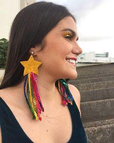 Rainbow Star, Rainbow Pride, Costume Carnaval, Rave Makeup, Burlesque Costumes, Girl Inspiration, Fabric Jewelry, Cool Costumes, Mardi Gras