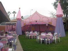 Princes tent and center pieces