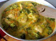 Fileciki z kurczaka w sosie serowo-brokulowym - Blog z apetytem Guacamole, Quiche, Recipies, Good Food, Food And Drink, Mexican, Chicken, Cooking, Breakfast