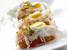 Los pintxos siempre son socorridos, entretenidos y una garantía de éxito en cualquier aperitivo. Por eso, esta semana te proponemos uno fácil de preparar a base de surimi y huevo.