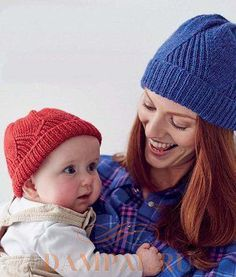 вязаные шапочки для мамы и ребенка