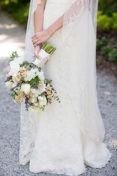 Romantic bouquet: http://www.stylemepretty.com/little-black-book-blog/2015/01/23/elegant-garden-themed-wilmington-wedding/ | Photography: Theo Milo - http://theomilophotography.com/