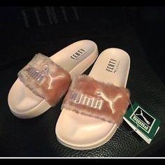f5a15640538ced New Puma x Rihanna Slippers Fenty Leadcat Fur Slides - Pink  Black White