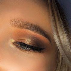 """Melody Barek on Instagram: """"Salut tout le monde !!! ❤️ Comme prévue je vous poste un makeup ........... NUDE 😋😋 Bravo à ce qui ont bien répondu au sondage dans ma…"""" Bravo, Comme, Makeup, Instagram, Make Up, Beauty Makeup, Bronzer Makeup"""