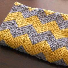 Yellow Dandy : DIY Crochet Chevron Baby Blanket (size 5 hook, worsted)