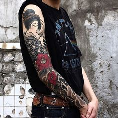 Tattoos are created by injecting ink through into the skin. Tattoo artists accomplish this by using an electric powered tattoo gun that almost sounds like the drill a dentist uses. The tattoo gun has a needle that moves up and down, Geisha Tattoos, Irezumi Tattoos, Geisha Tattoo Sleeve, Japanese Tattoos For Men, Traditional Japanese Tattoos, Japanese Tattoo Designs, Japanese Tattoo Art, Japanese Sleeve Tattoos, Japanese Style
