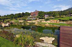 Zahrada: horským řečištěm v malebné krajině...