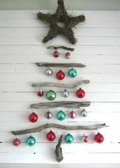 25 adorable driftwood Christmas trees!