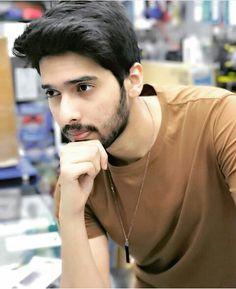 Cutee Armaan Malik. I love him