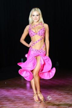 dancing with stars costumes | ... season 14 of dancing with the stars performs in ballroom with a twist