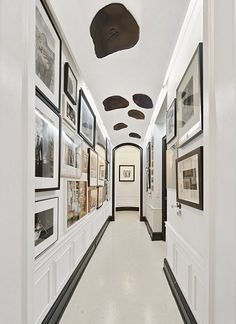 Hall of Photographs, 44 W. 77th St., NYC, dailymail.co.uk. Photo by Evan Joseph/Prudential Douglas Elliman. #Interior_Design #NYC