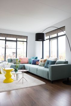 Modern Home Interior Design, Home Room Design, Home Living Room, Apartment Living, Happy New Home, Colourful Living Room, Deco Furniture, Living Room Inspiration, Room Decor