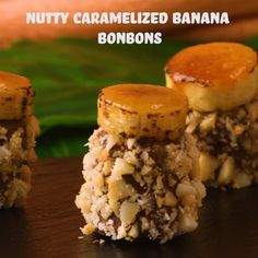 Nutty Caramelized Banana Bonbons These bonbons are to die for yummy! Healthy Donuts, Healthy Appetizers, Appetizer Recipes, Dessert Recipes, Gourmet Recipes, Sweet Recipes, Baking Recipes, Healthy Recipes, Best Keto Breakfast