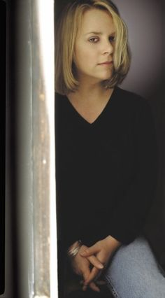 Mary Chapin Carpenter is an American folk and country music singer, songwriter and musician.