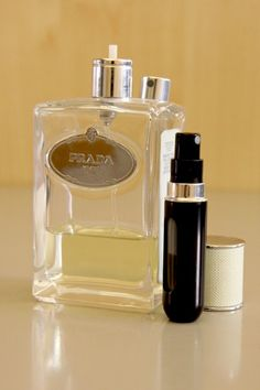 Llevar contigo un Travalo con tu perfume favorito te dará distinción.