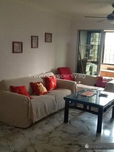 Common room for rent near Clementi MRT. 950 SGD / month. No agent fee.  All details and contact here: http://www.ezproperty.sg/listing/Blk-336_5-room-HDB_room-for-rent_648  We promote listings posted on EZProperty.sg at no cost, it just needs to look good and be priced right.  #Singapore #HDB #room #ForRent #Clementi #MRT