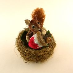 OOAK 2013 Janie Comito Fully Jointed Miniature Squirrel Valentine Acorn Nest | eBay