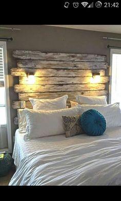 Bett, rustikale Einrichtung, gemütlich