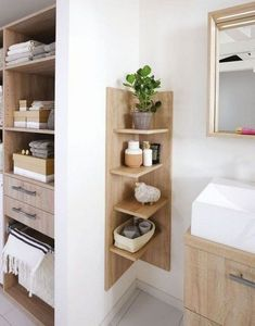 Create a small bathroom: the 10 good ideas for sewing - Côté Ma . Create a small bathroom: The 10 good ideas for sewing - Côté Ma . - Create a small bathroom: The 10 good ideas for sewing - Côté Ma… - - # Côté Diy Home Decor, Room Decor, Wall Decor, Corner Furniture, Small Bathroom Storage, Small Storage, Small Bathroom Furniture, Bathroom Shelving Unit, Small Bathroom Cabinets