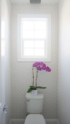 Eggshell Home - Master Bathroom Toilet with Patterned Wallpaper and White Paint. Click to see more on the blog. Benjamin Moore Chantilly Lace.