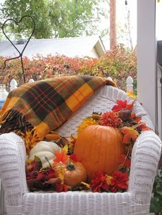 Below are the Fall Porch Decoration Ideas To Make Unforgettable Moments. This post about Fall Porch Decoration Ideas To Make Unforgettable Moments was posted under the Outdoor category by our team at September 2019 at pm. Autumn Decorating, Porch Decorating, Decorating Ideas, Decor Ideas, Welcome Fall, Fall Harvest, Autumn Home, Autumn Tea, Autumn Leaves