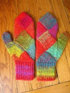 kureyon entrelac mittens Good reminder to put color into small MIT knits.