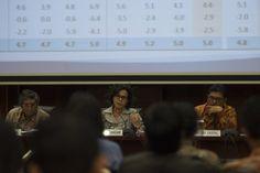 Menkeu: Realisasi asumsi makro telah mendekati proyeksi  PT Rifan Financindo Berjangka Cabang Axa Pemerintah tetap gagal mencapai target dalam Anggaran Pendapatan dan Belanja Negara (APBN) Perubahan 2016. Faktanya, sejumlah asumsi makro juga meleset dari proyeksi. Padahal, pemerintah sudah…
