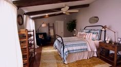 Fixer Upper Extras: Master Bedroom Retreat…   http://www.housedesigns.top/2017/08/08/fixer-upper-extras-master-bedroom-retreat/