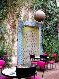 Cafe Bougainvillea in Marrakech, Morocco (by rockerchiq). Cafe Bougainvillea in Marrakech, Morocco (by rockerchiq).