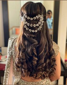 Women Hairstyles 2020 12 Pretty Hairstyles for women Specially for Weddings .Women Hairstyles 2020 12 Pretty Hairstyles for women Specially for Weddings . Wedding Reception Hairstyles, Bridal Hairstyle Indian Wedding, Bridal Hair Buns, Bridal Hairdo, Hairdo Wedding, Indian Bridal Hairstyles, Short Wedding Hair, Wedding Hairstyles For Long Hair, Short Hair