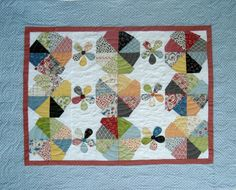 Apple Slices Baby Quilt   Quilting Pattern    YouCanMakeThis.com