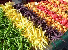 farmer's market display inspiration: love those beans!