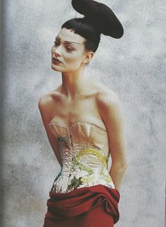 Shalom Harlow by Peter Lindbergh for Vogue US April 1997