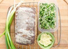 Chleb z mąki pełnoziarnistej przepis   Sprawdzona Kuchnia Bread, Baking, Ethnic Recipes, Food, Brot, Bakken, Essen, Meals, Breads