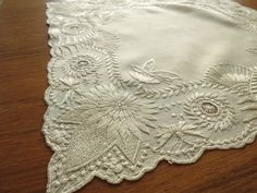 GORGEOUS Antique c1920 Canton EMBROIDERED Silk Handkerchief BRIDAL Wedding Ivory