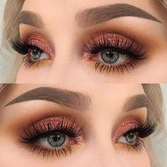 Skin Care Advice For Better Skin Now 44 Awesome Golden Smokey Eye Make-up mit einem Schuss Gold. Sexy Eye Makeup, Natural Eye Makeup, Eye Makeup Tips, Prom Makeup, Wedding Makeup, Makeup Ideas, Makeup Hacks, Makeup Guide, Makeup Goals
